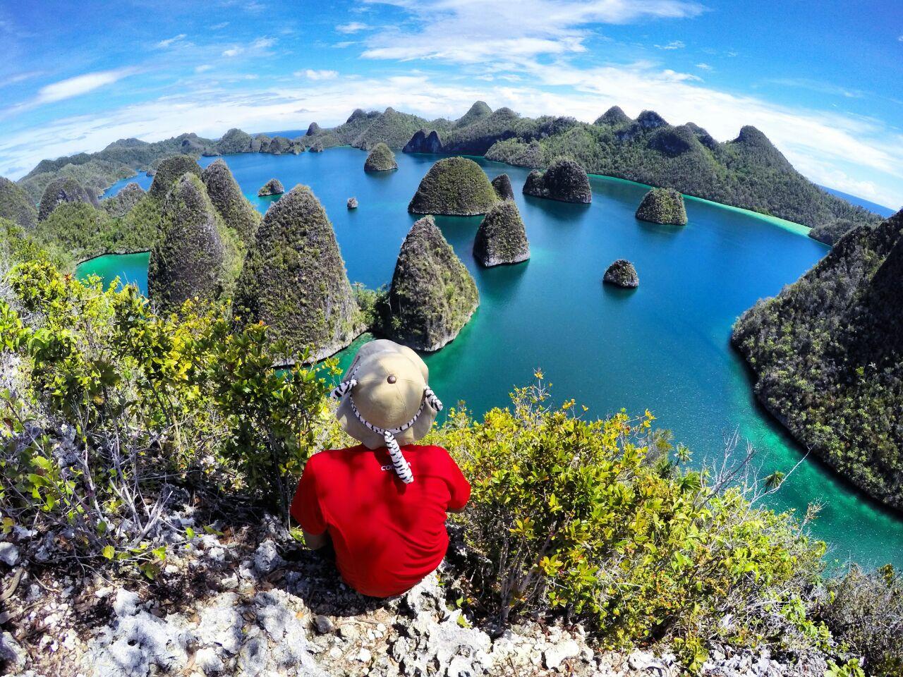 Pianemo Raja Ampat Tour Packages 4d3n Explore Indonesia Yoexplore