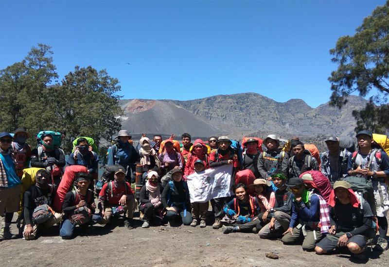 Rinjani - mount rinjani hiking open trip - Mount Rinjani Tour Packages, YOEXPLORE