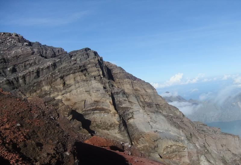 Rinjani - mount rinjani trekking package - Mount Rinjani Tour Packages, YOEXPLORE