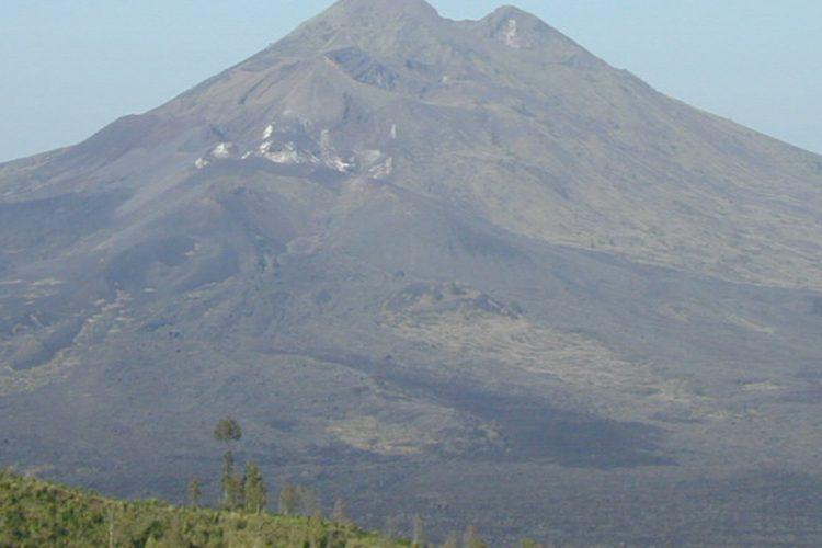 bencana gunung agung