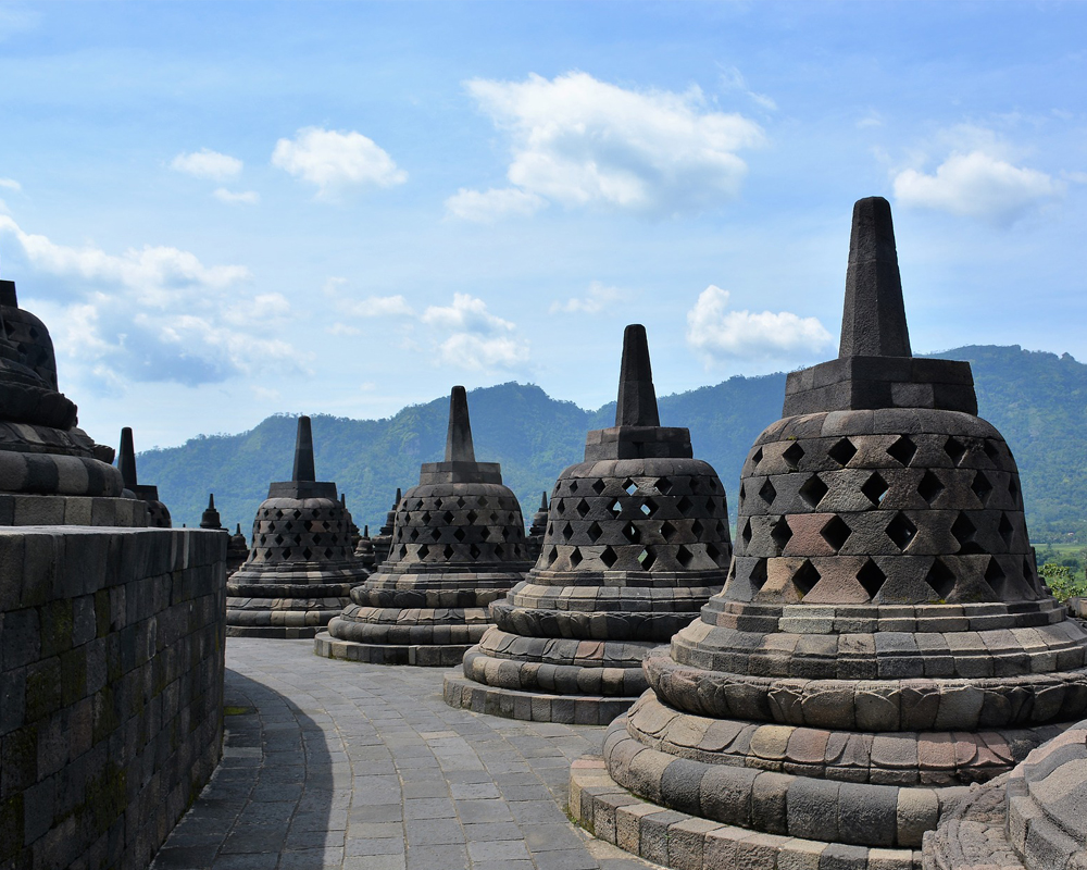 Borobudur - borobudur nite - Borobudur Tour Packages, YOEXPLORE