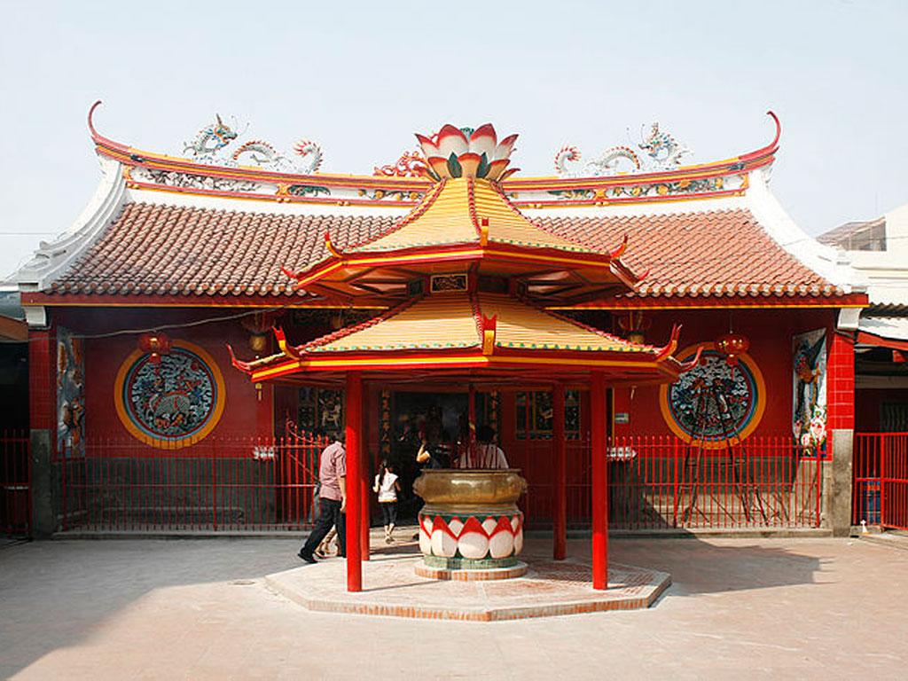 glodok kampung cina jakarta - Chinatown Jakarta - Jakarta Tour Packages, YOEXPLORE