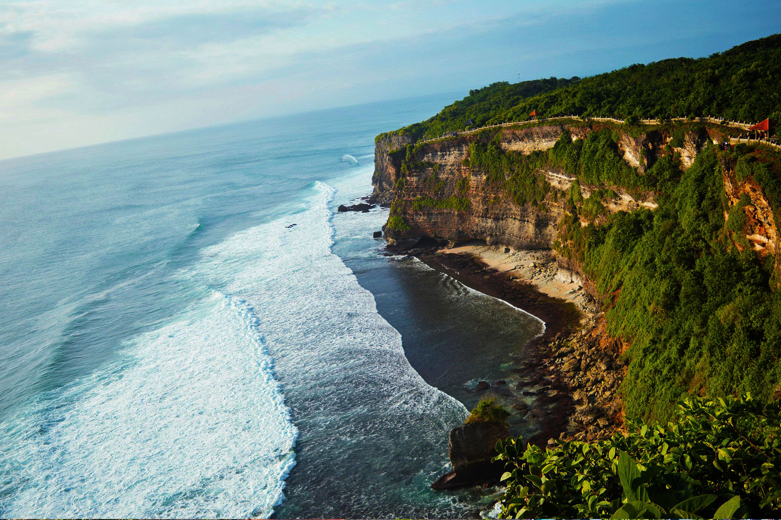 uluwatu - Bali Honeymoon package - Bali Tour Packages, YOEXPLORE