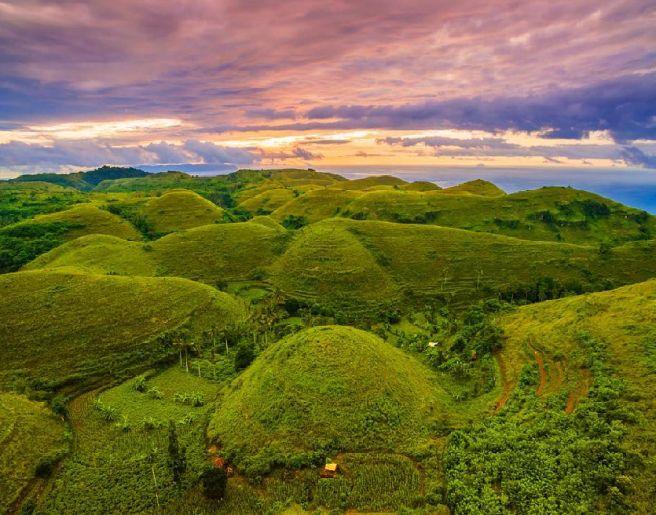 bukit telletubies - Nusa Penida Tour Package - YOEXPLORE