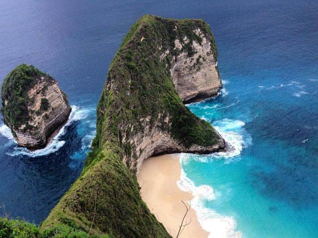 kelingking beach - Nusa Penida Honeymoon - Nusa Penida Tour Packages, YOEXPLORE