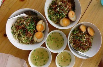Explore Indonesia - Jakarta Food Tour Oktober: True Colors of Jakarta