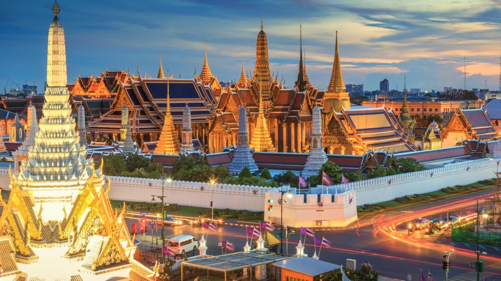 Wat-Phra-Kaew-e1542602302939