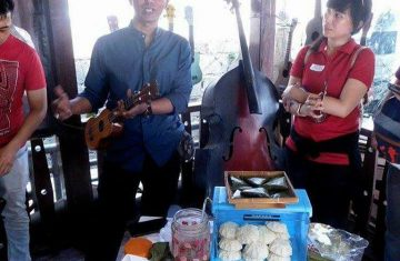 Explore Indonesia - Jakarta Walking Tour Kampung Tugu, Portuguese Village
