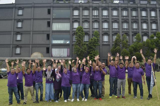 outbonund lembang team building