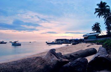 Open Trip Derawan Island 4D3N - YOEXPLORE