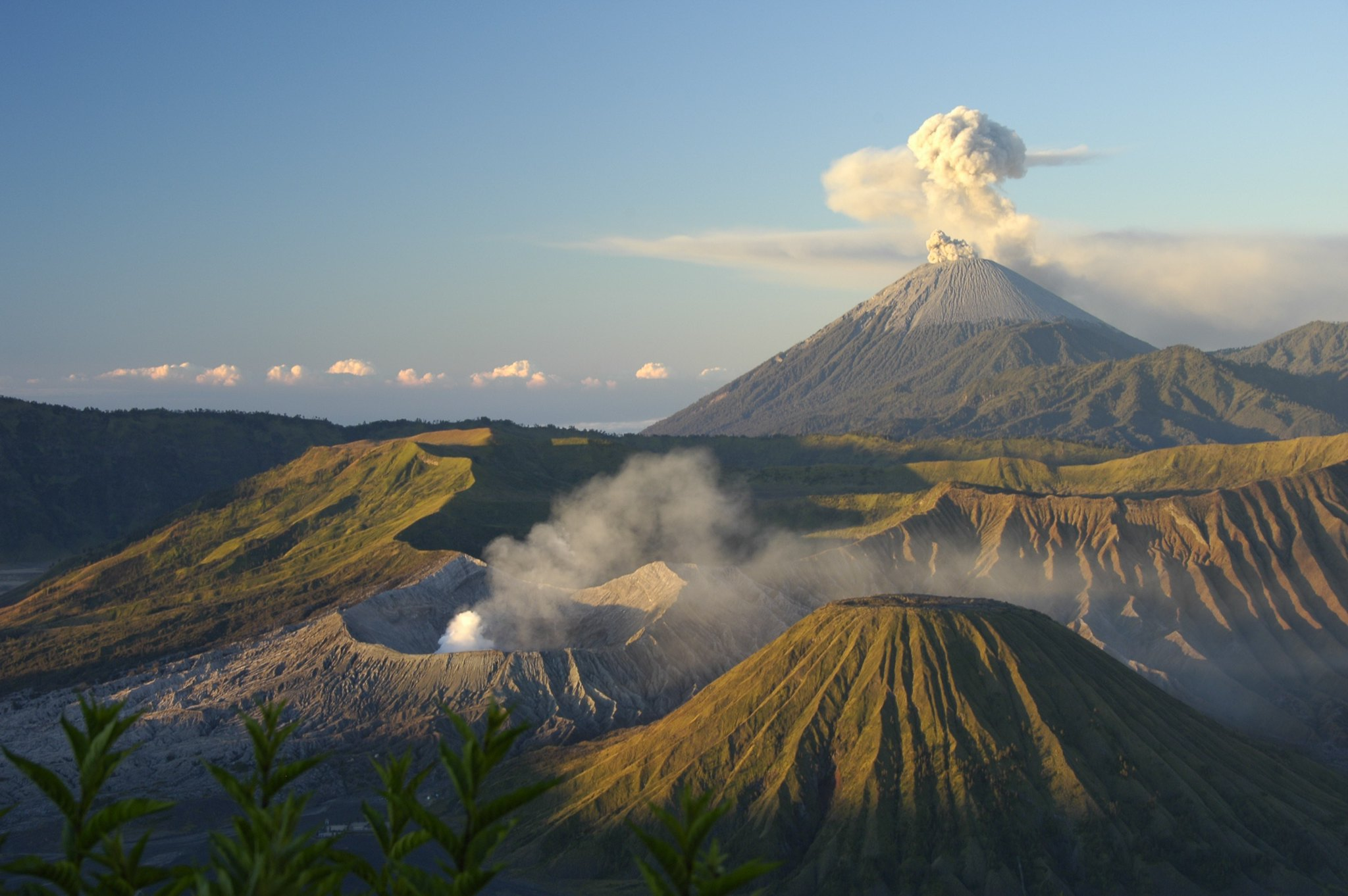 Beautiful-Panorama-Bromo_k
