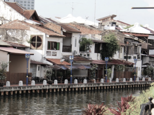 Explore Indonesia - Cerita Traveling ke Malaysia Bersama Keluarga